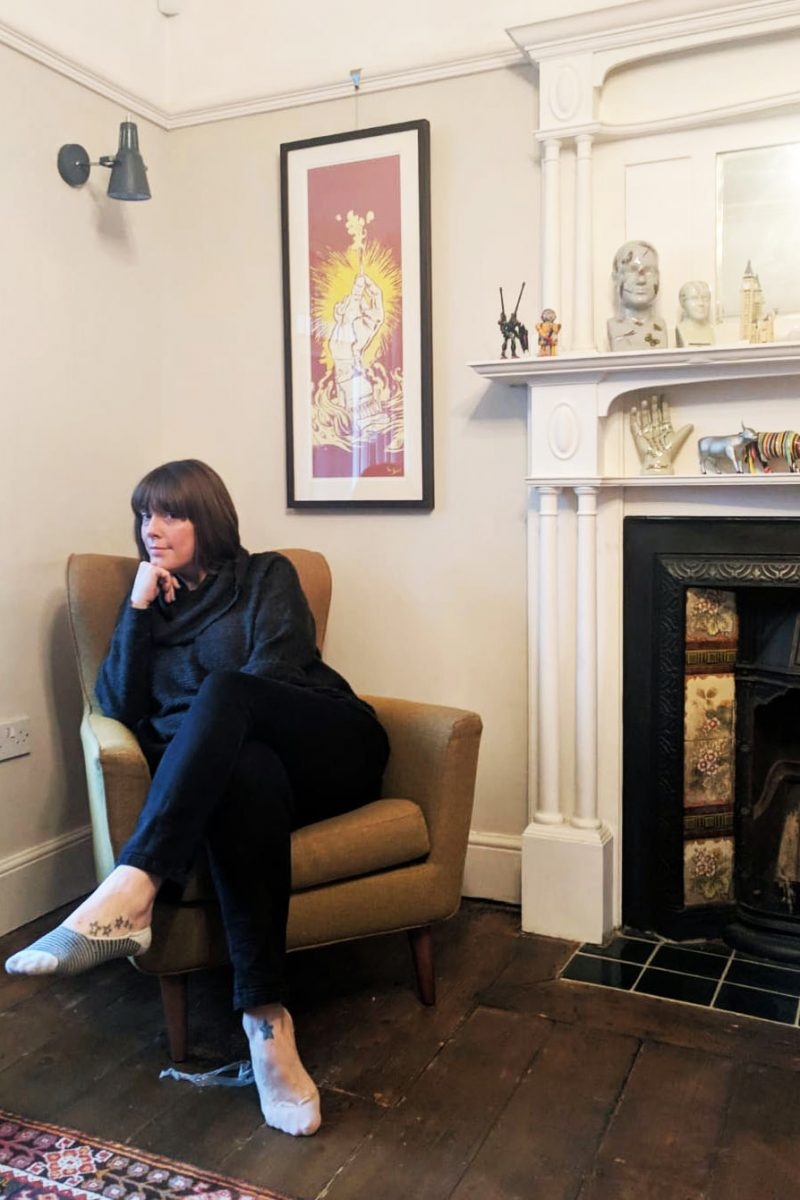 Jess Phillips MP home - portrait in living room