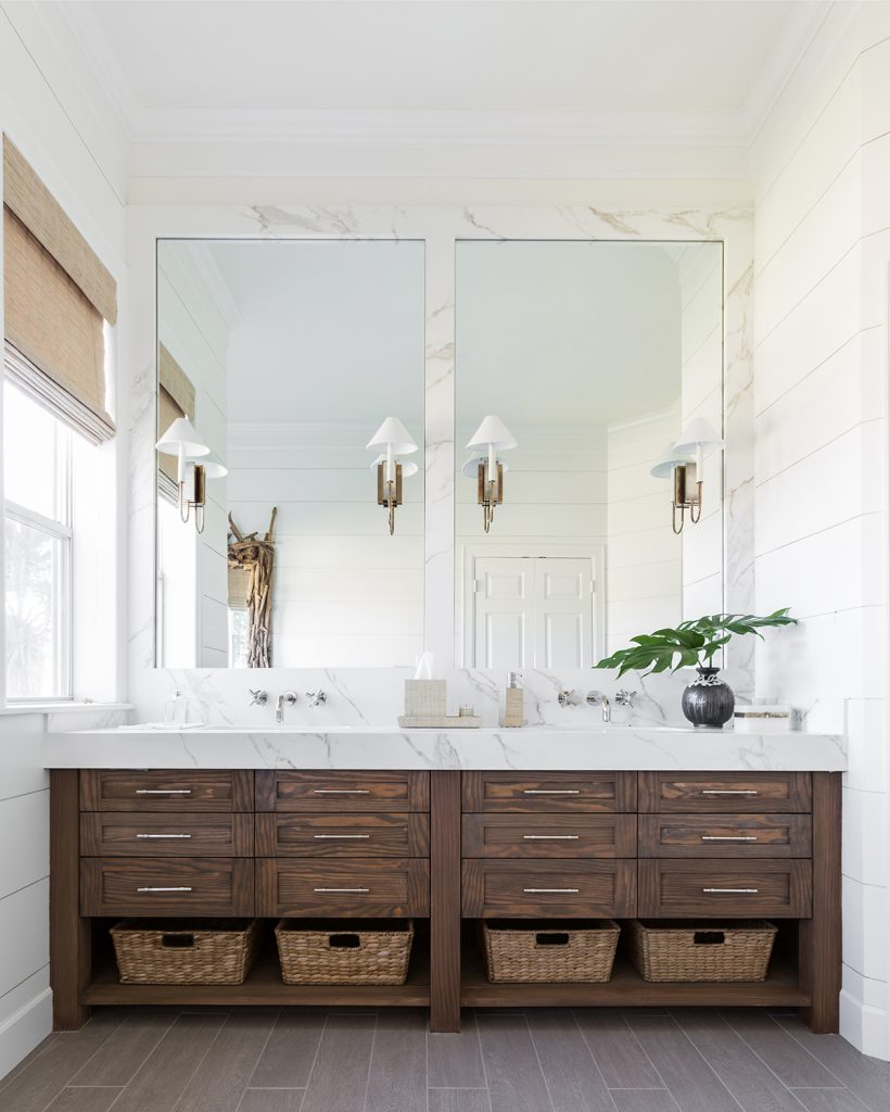 Marie-Flanigan-Interiors-Coastal-Contemporary bathroom