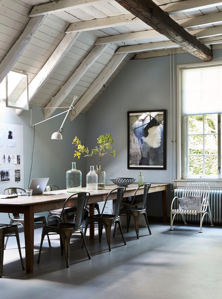 Natural-Living-Style-Selina-Lake-long-table