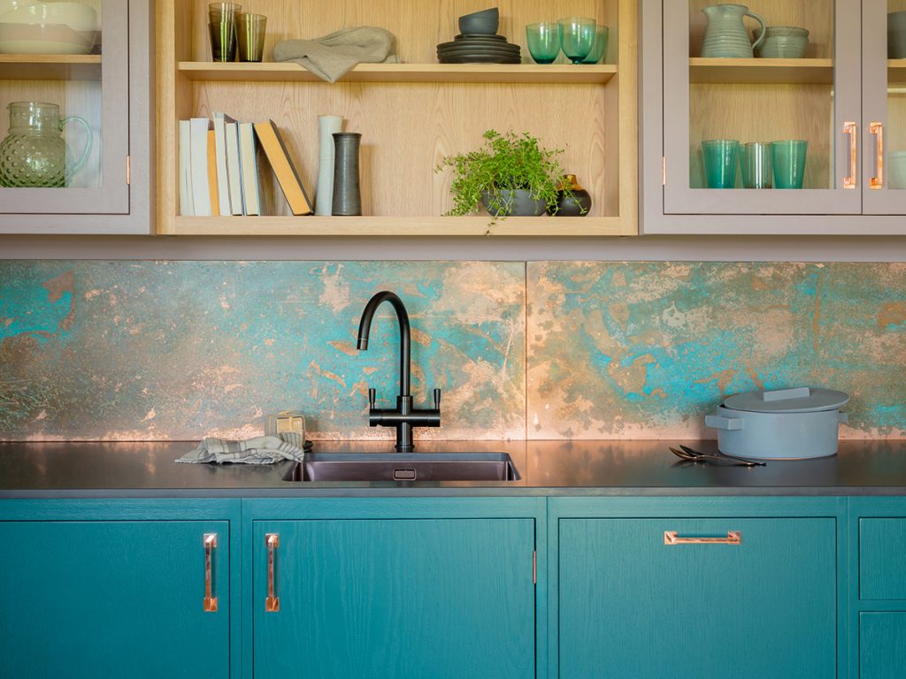 Naked-Kitchens-The-Hampton-Court-Kitchen