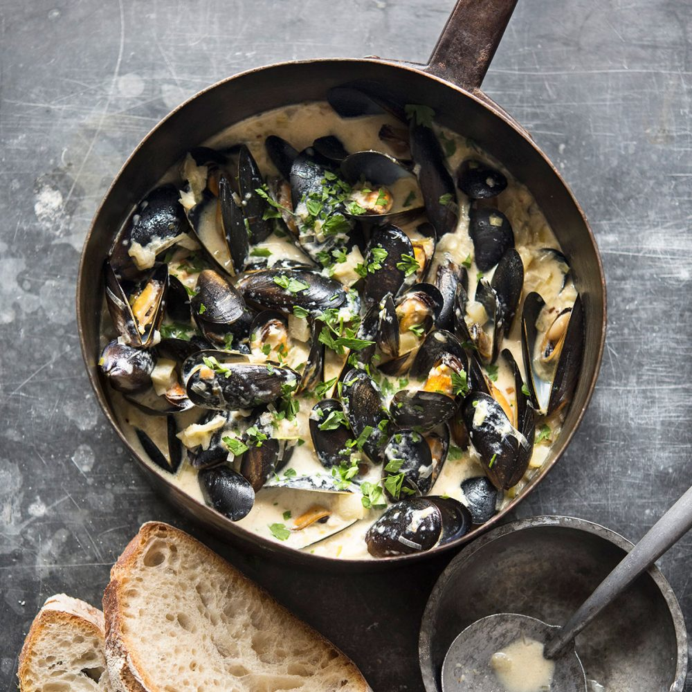 Jo Pratt's Steamed Mussels with Creamy Cider Broth