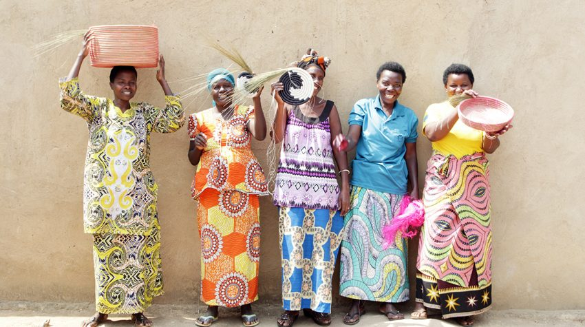 Qasa qasa Women-of-the-Imirasire-Cooperative
