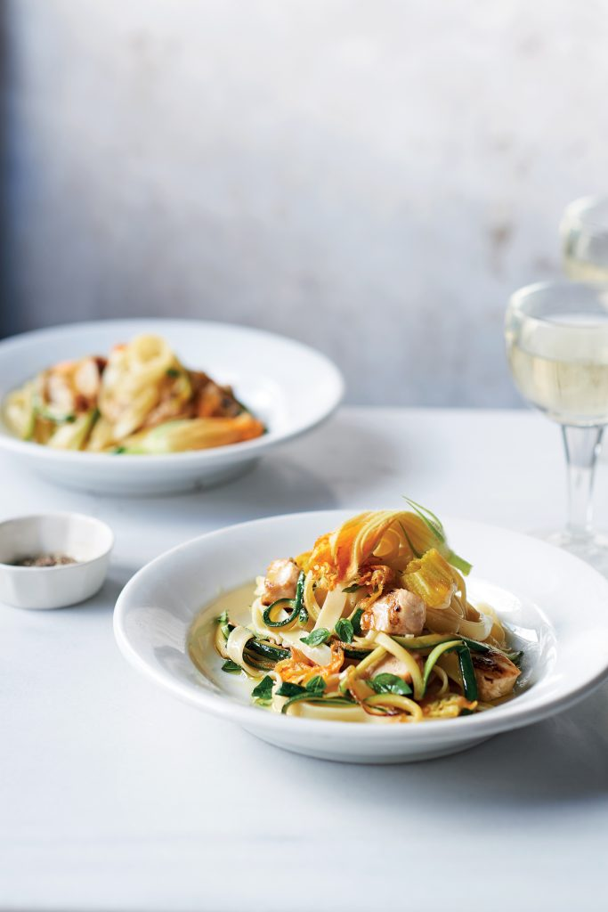Cucina Siciliana_Tagliatelle_Courgette_Flowers