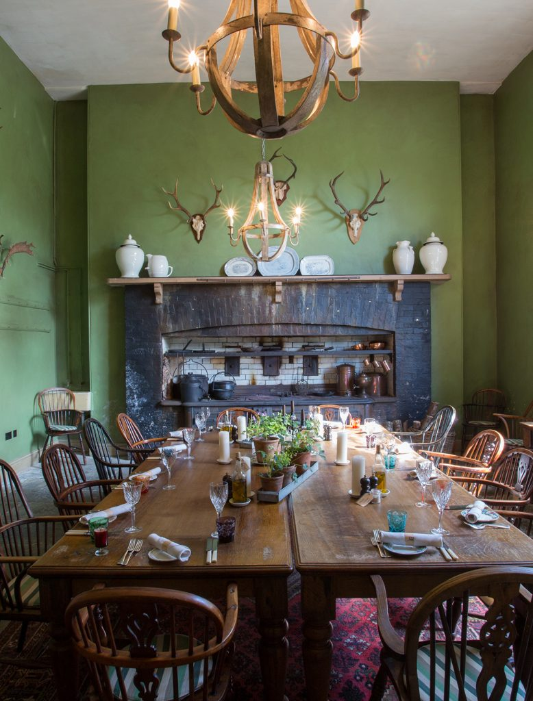 The-PIg-at-Combe-feasting-room
