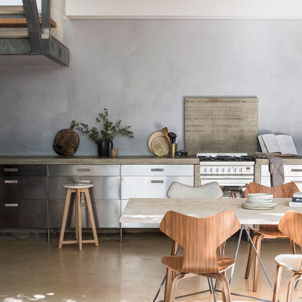 The modern limewash paint company using earth's finest natural pigments