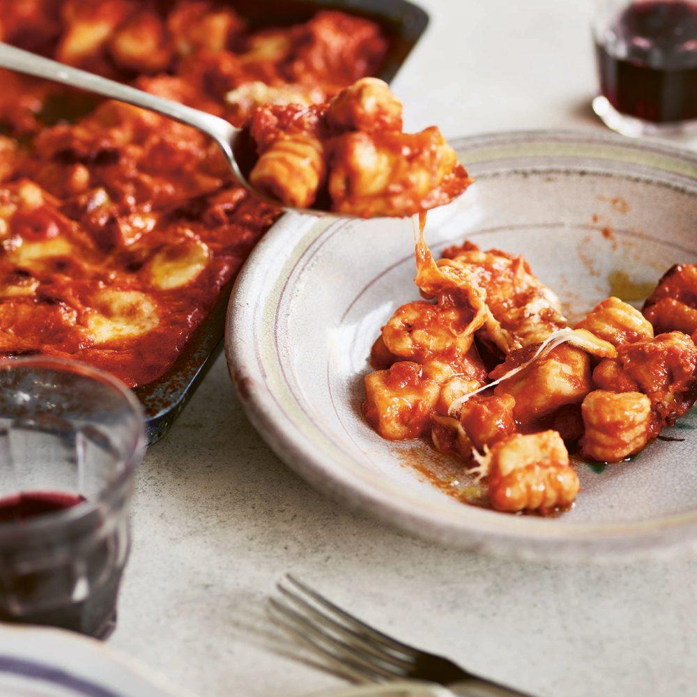 Pasta Grannies: Giusy's 'Ndunderi with Tomato Sauce