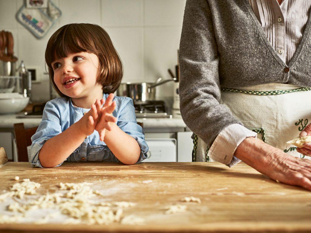Rosetta granddaughter Pasta Grannies © Emma Lee