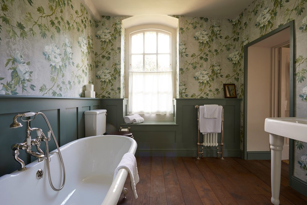 The Rectory Hotel Bedroom Suite Bathroom