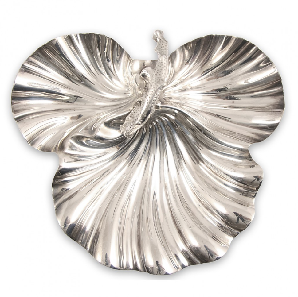Antique silver plated shell shaped dish, £95, Ceraudo