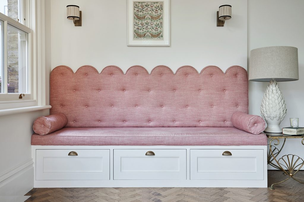 Laura Stephens scalloped banquette © Chris Snook