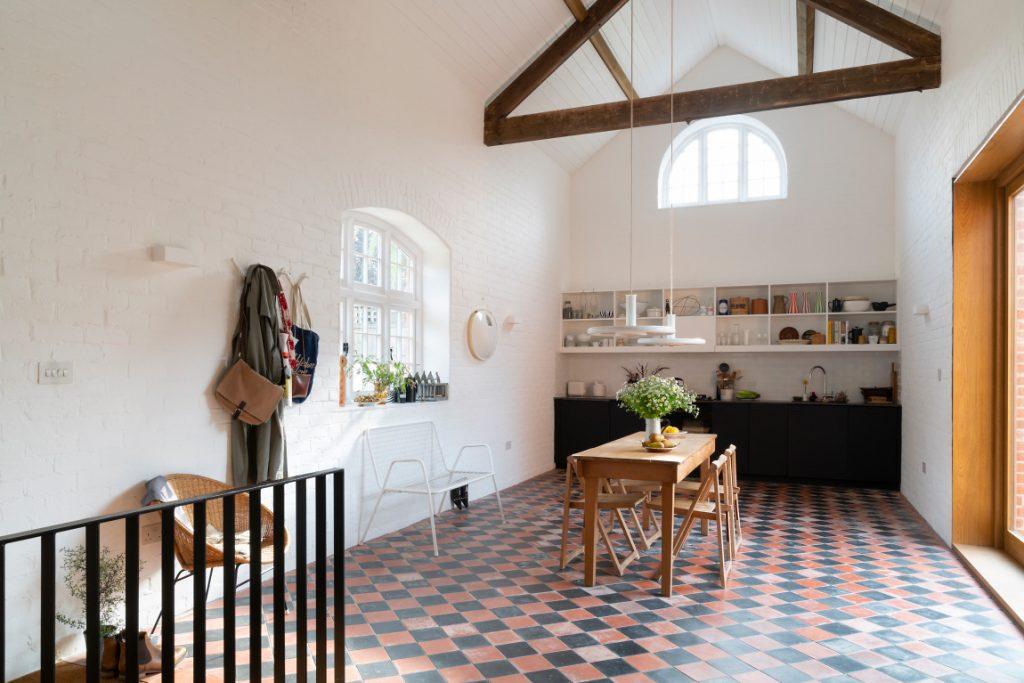 The Vintage House kitchen Kip Hideaways