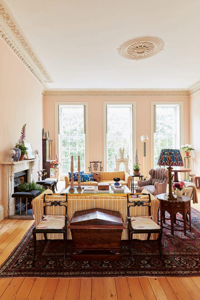 Emilio Pimentel-Reid sitting room Bold British Design ©Sarah Hogan