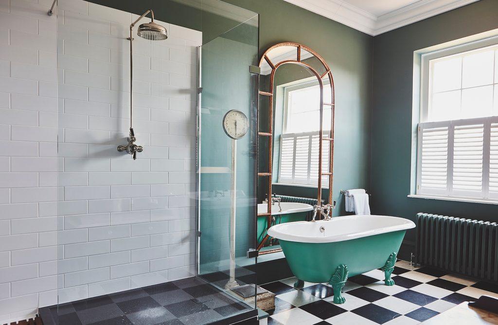 Thorpe Manor bathroom