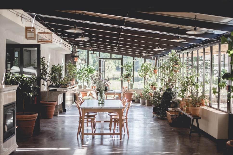 Le Barn dining room
