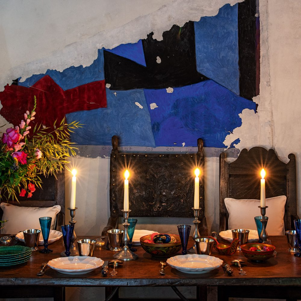 Inspiring Spaces for Intimate Dinners