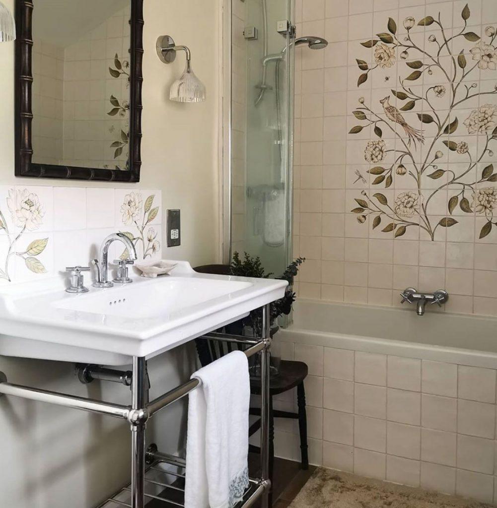 Laura Hunter bathroom handpainted floral tiles from aRa Design
