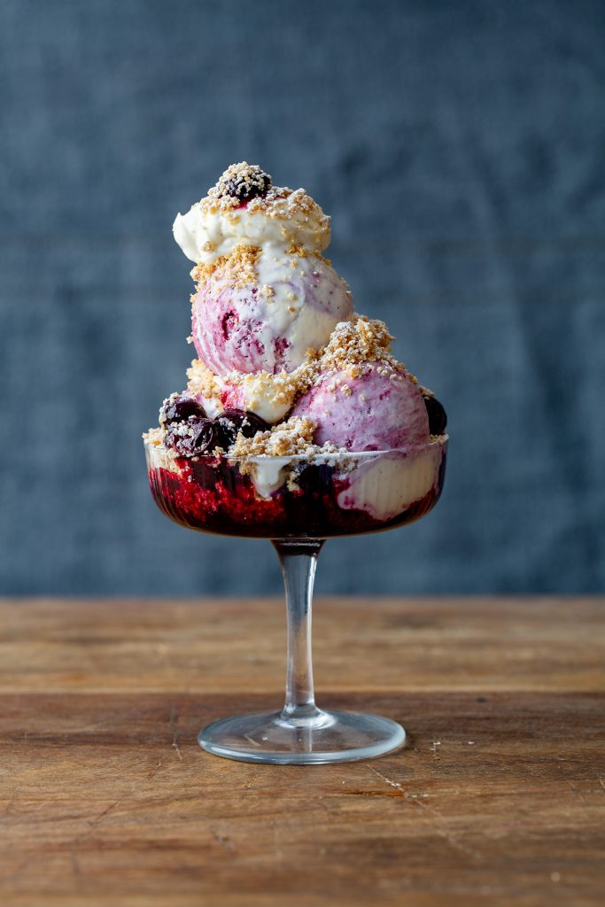 The Bull & Last Blueberry Cheesecake Sundae