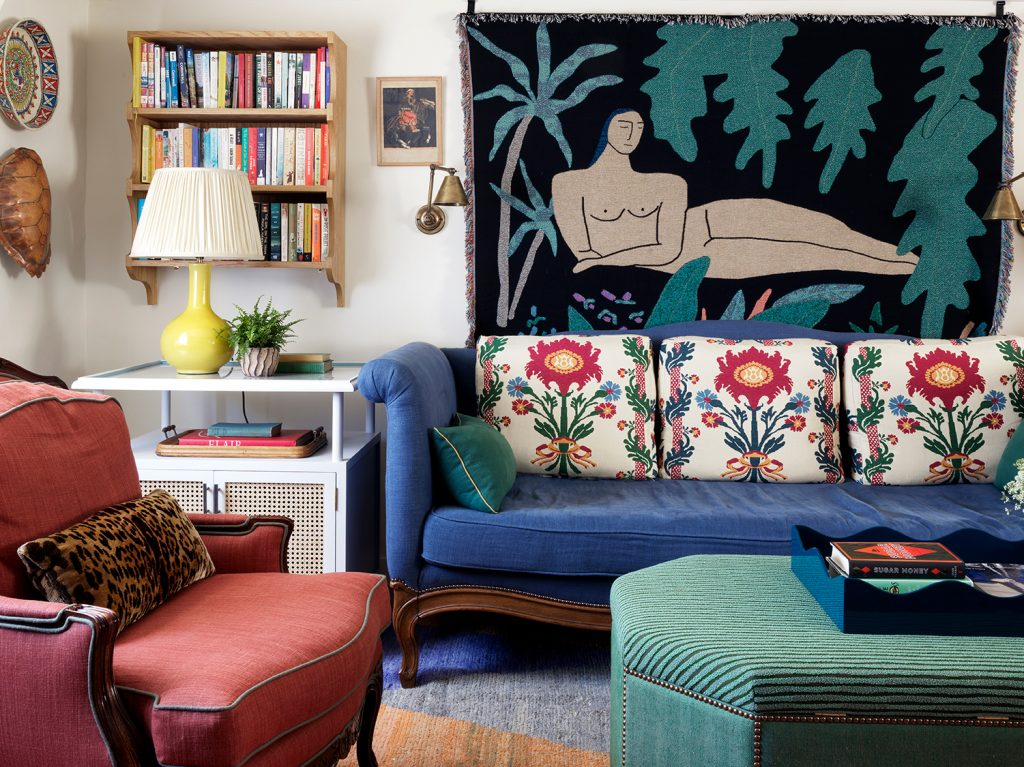 Beata Heuman Every Room Should Sing sitting room © Simon Brown, Rizzoli