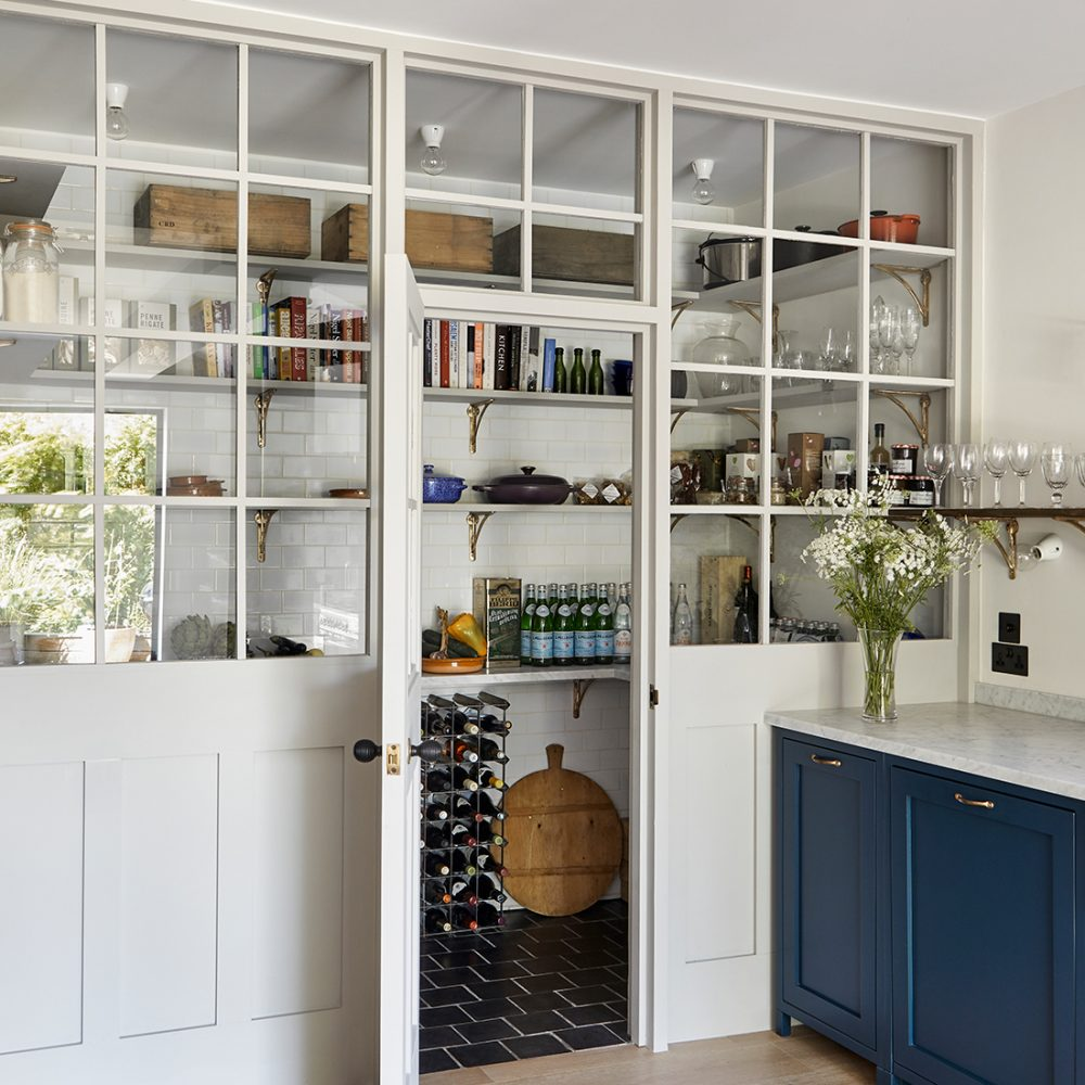How to Create a Stylish Pantry