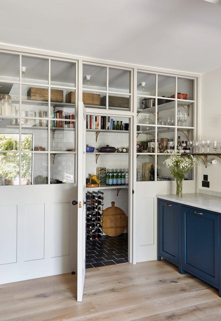Pantry designed by interior designer Mark Lewis © Rory Gardiner