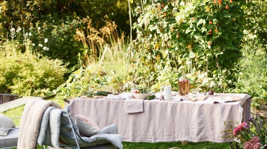 Pink linen tablecloth, Rowen & Wren