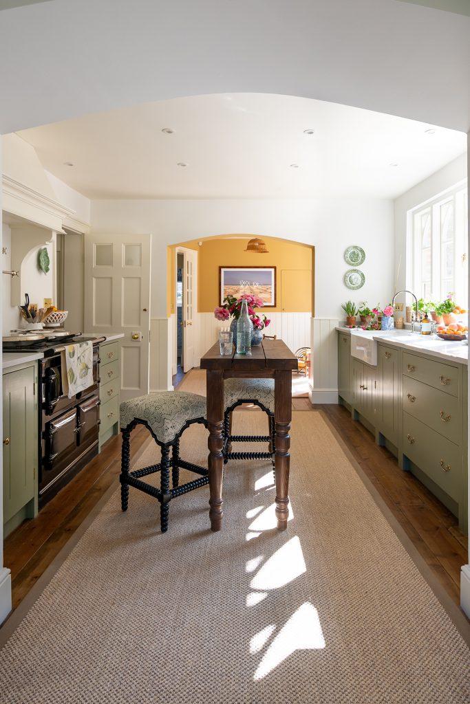 Louise Roe kitchen hallway view